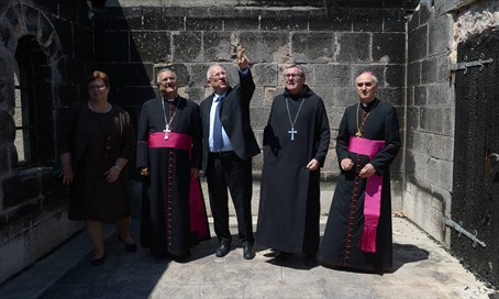 Rivlin (C) with Christian leaders