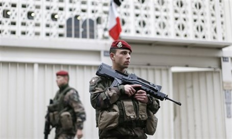French soldiers guarding a Jewish school