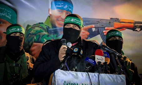 Hamas terrorists at Gaza rally (file)