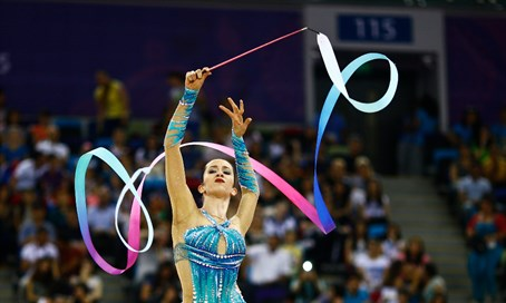 Israel's Neta Rivkin competes at rhythmic gymnastics final in 2015