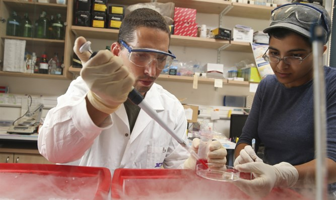 Israeli scientists announce breakthrough in cancer research