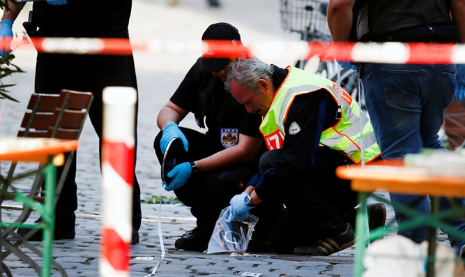 Investigators at scene of Ansbach suicide bombing