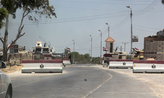 Army check point in Sinai's El-Arish