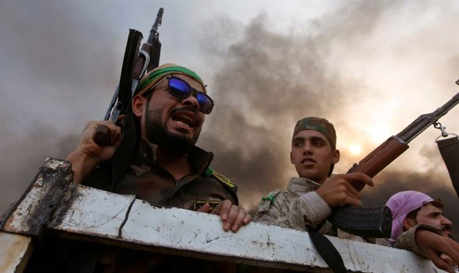 Iraqi pro-government fighters