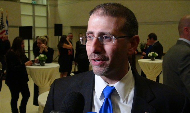 Amb. Dan Shapiro speaks with Arutz Sheva