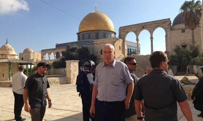 MK Ariel on Temple Mount