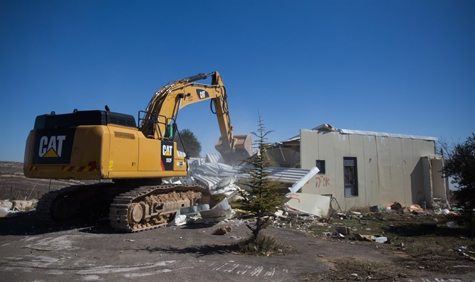 Demolition of homes in Amona