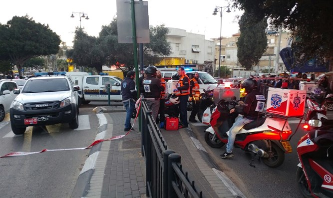 Scene of Petah Tikva attack