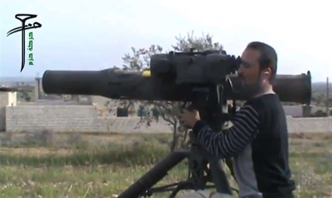 Syrian rebel aims US-made BGM-71 TOW anti-tank rocket