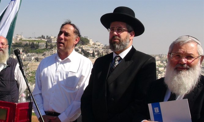 Rabbi Eli Ben-Dahan at ceremony