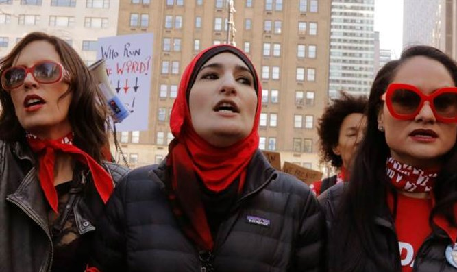 Women's March, including Linda Sarsour (center)