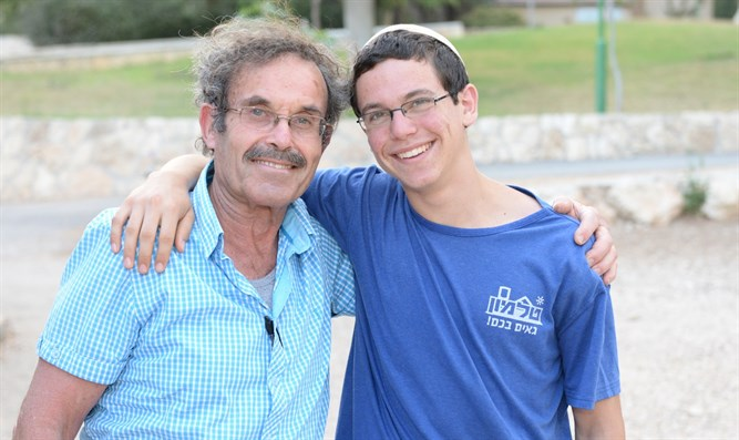 Elhai Taharlev with his grandfather Shlomo