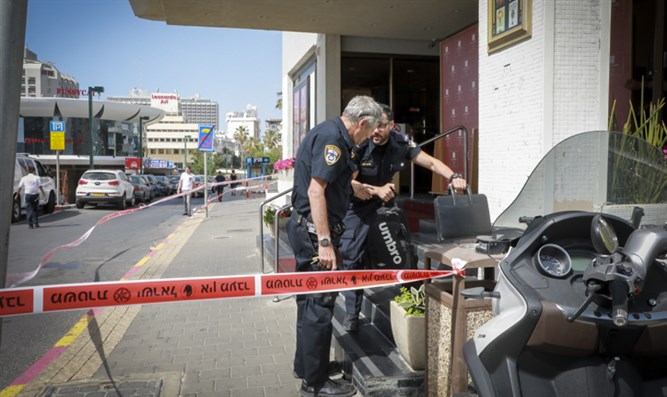 Police at scene of stabbing attack in Tel Aviv