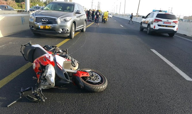THe motorcycle at accident scene
