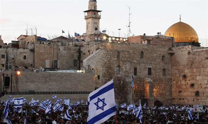 Jerusalem Day celebrations at the Kotel