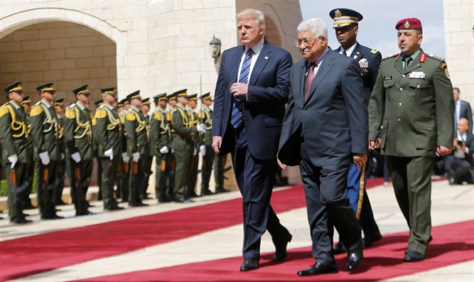 Donald Trump meets with Mahmoud Abbas in Bethlehem