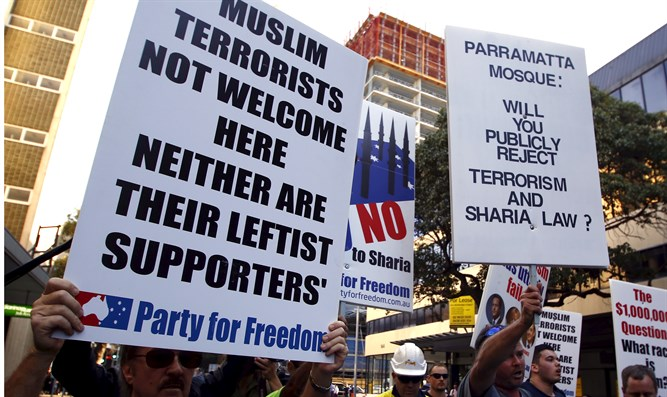 Australians protesting Muslim takeover