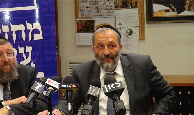 """I established the Rabbinate?"" Deri"