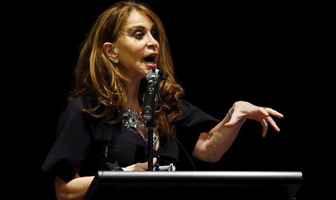 Pamela Geller fighting Islamic expansion