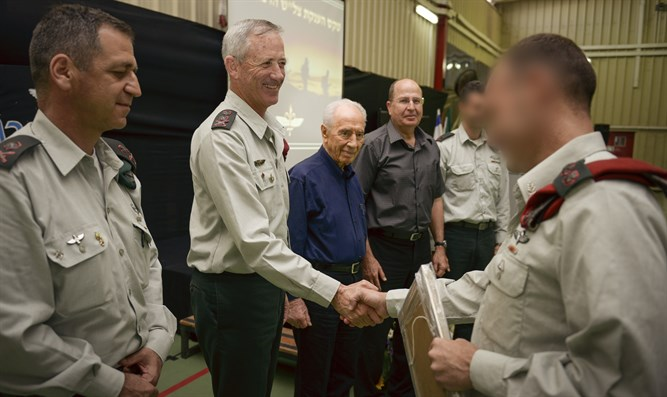 Award granted to Sayeret Matkal commander