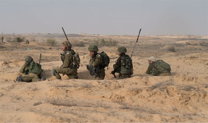 Military training on the Gaza border