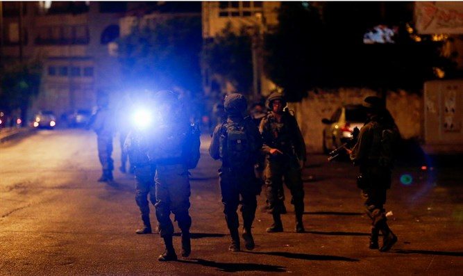 Israeli troops kill Palestinian suspect in settler's killing