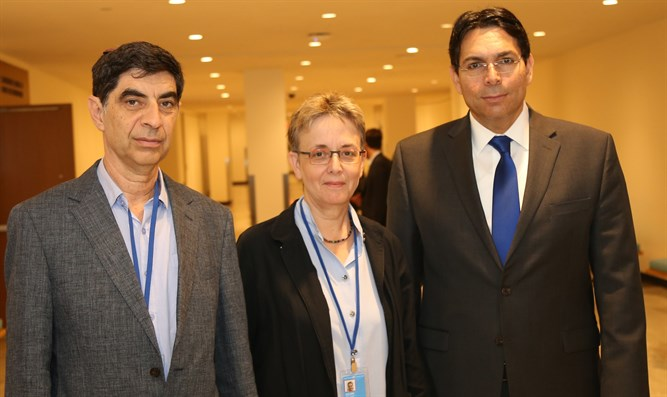Leah and Simcha Goldin with Ambassador Danon at the UN