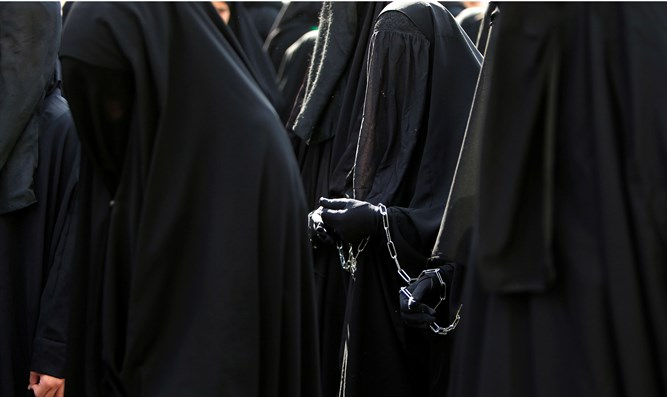 Denmark gears up to ban Islamic full-face veils