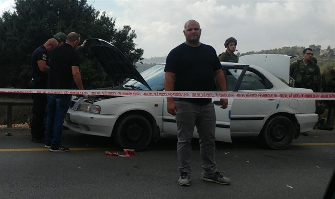 Car ramming attempt in Binyamin region