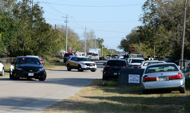 Police at scene of Texas shooting
