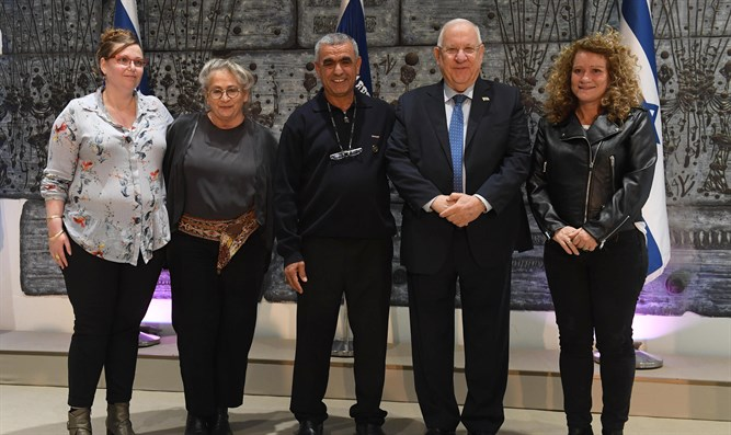 President Rivlin with organ donors