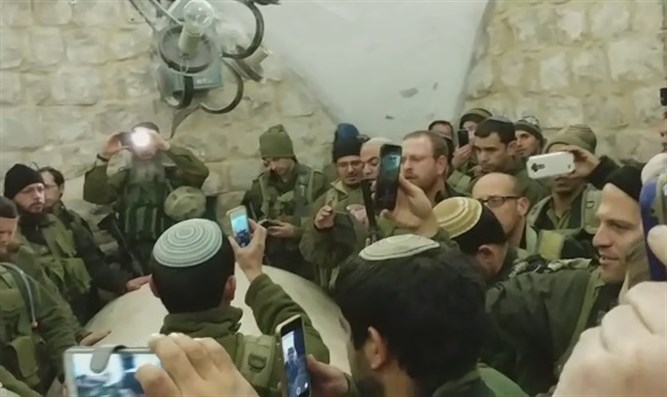Reservists at Joseph's Tomb
