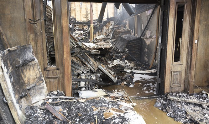 Home gutted by fire (stock)