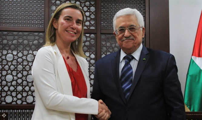 PA President Abbas (R) meets EU foreign policy chief Federica Mogherini