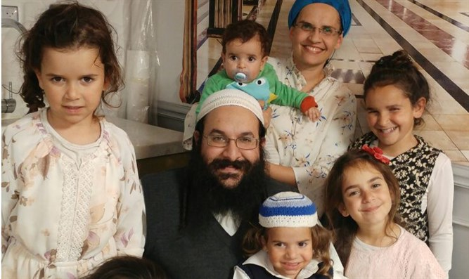 Rabbi Raziel Shevach with his wife and five of his children