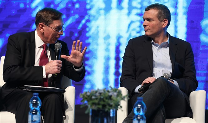 David Petraeus and Nadav Zafrir