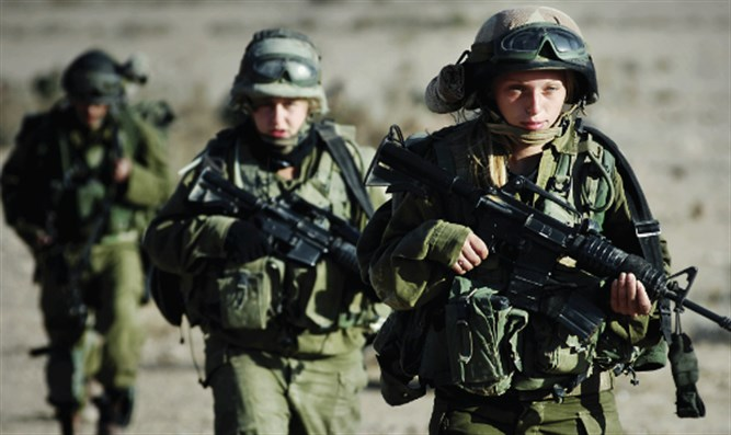 Female combat soldiers