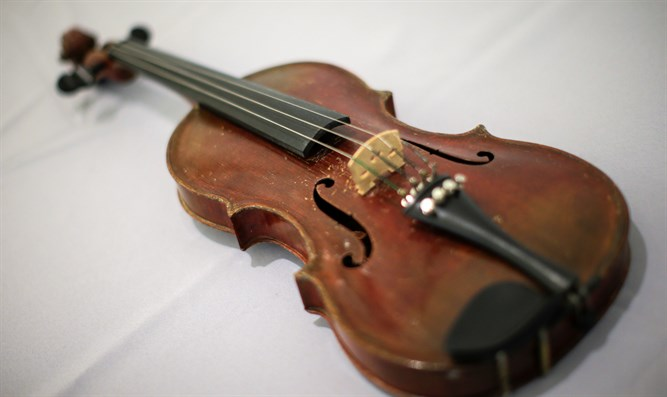 Albert Einstein's violin