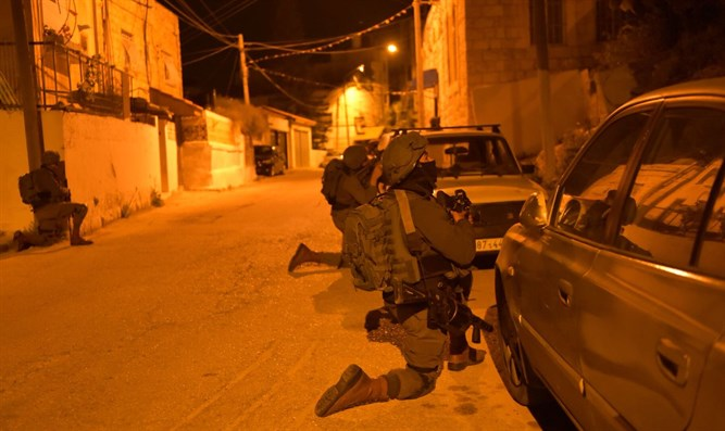 Forces during operation to arrest terrorist who murdered Itamar Ben-Gal