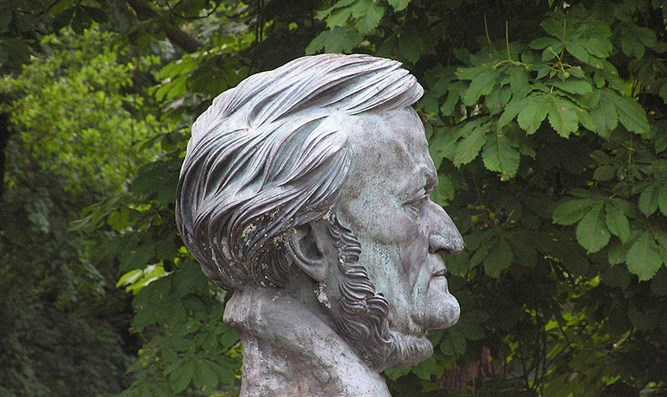 Wagner's bust in Bayreuth