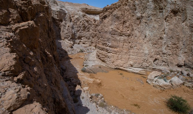 Flooding near Dead Sea