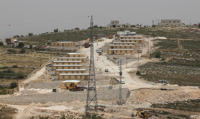 Temporary neighborhood for Netiv Ha'avot evictees