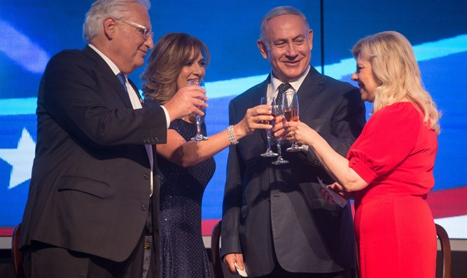 David Friedman, his wife, PM Netanyahu, and Sara Netanyahu celebrate July 4th