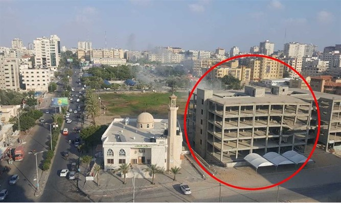IDF hits Hamas building