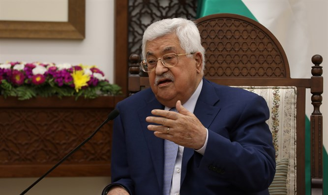 Report: Abbas doesn't recognize those around him