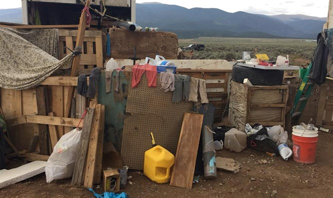 Conditions at compound in rural New Mexico where 11 children were found