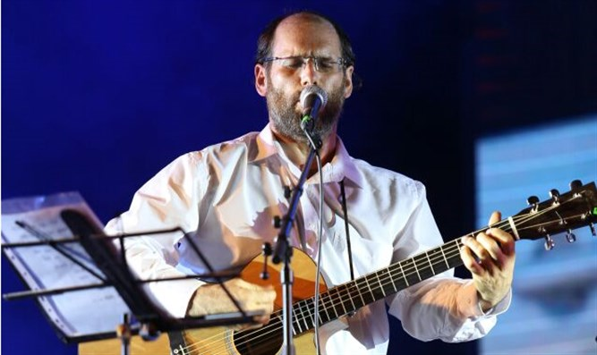 Aharon Razel at the Samaria kelzmer festival