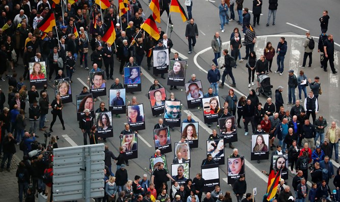 Demonstrations following the killing of man in Chemnitz