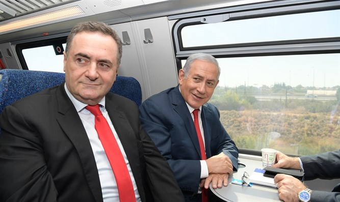 Netanyahu, Katz test high speed train