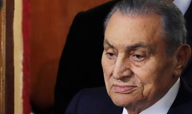 mubarak takes witness stand in successor s trial israel national news